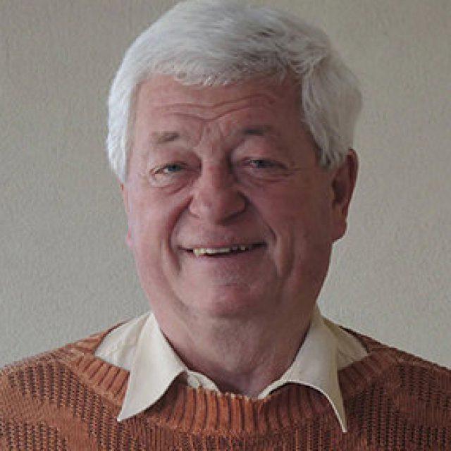 Dr. Peter Riedner